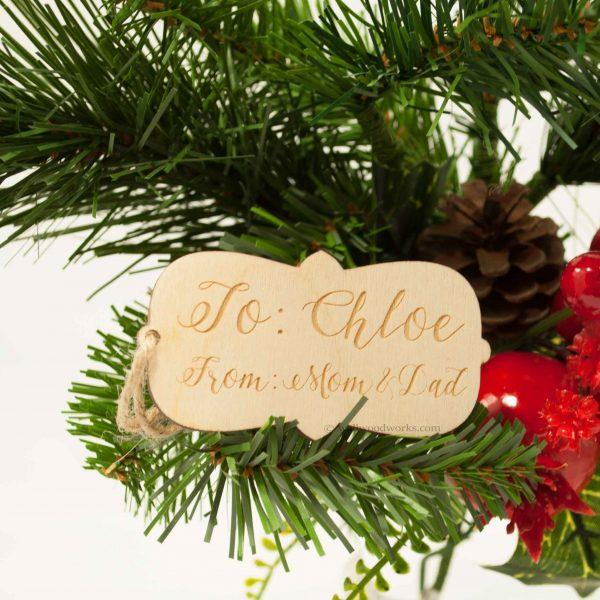 Wood Gift Tag - Mom & Dad